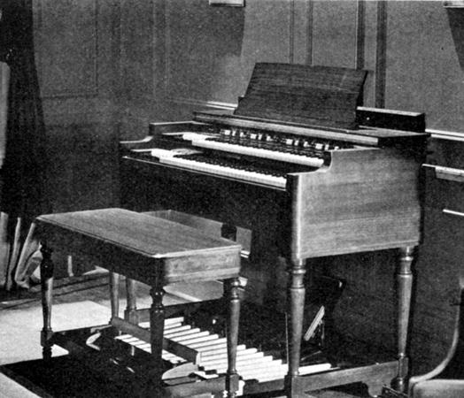 6—Hammond organ, complete
